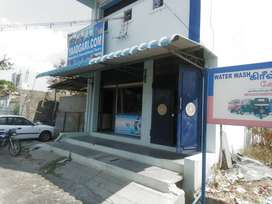Building near salem new bus stand for rent