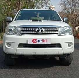 Toyota Fortuner 3.0 4x2 MT, 2011, Diesel