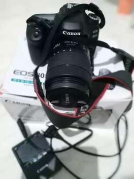 Canon 80D lensa zoom 18-135 Nano USM wifi mulus terawat fullset