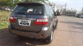 Toyota Fortuner 2010 Diesel 190000 Km Driven