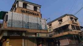 1 floor vikas puri ring road J block vardhman mkt office 220 sq feet
