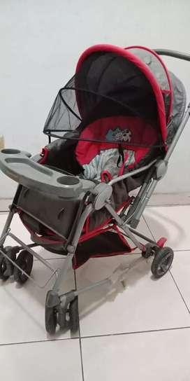 Stroler bayi dan batita