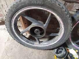 Alive wheel hai dono aur Chen's paket bhi hai
