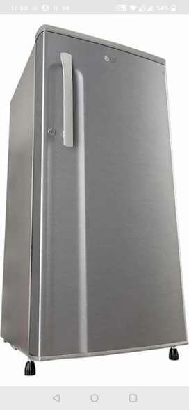 3 year old fridge in excellent condition