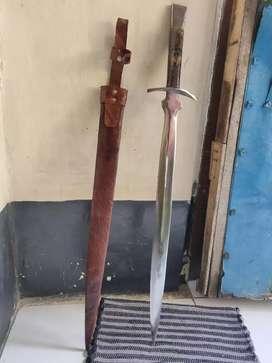 Pedang Eropa bukan Samurai