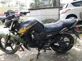 On urgent basis Yamaha FzS