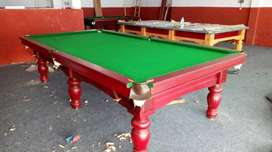 snooker nd pool table in gud condition