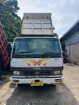 Tata LPT Ex 2 Dump Truk thn 2017 Murah sekali
