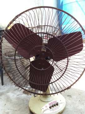 Table fan in running condition