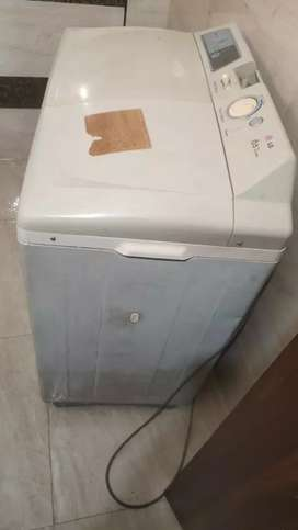 L G semi automatic washing machine 6.5 kg