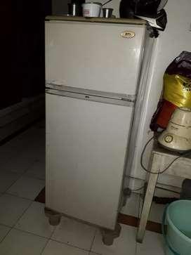 Refrigerator@3000rs