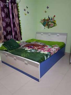 2years old..bed for sale