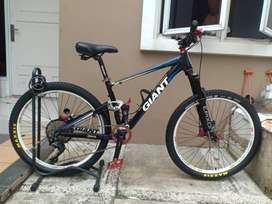 Sepeda Giant Anthem X size S Custom Limited Edition