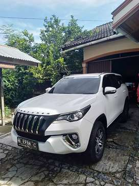 DIJUAL TOYOTA FORTUNER MANUAL DIESEL G Luxury 4x2 2017