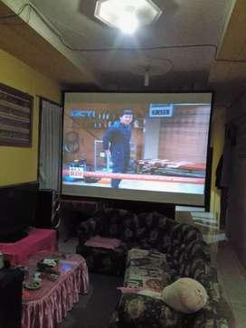 "Bioskop mini ,led projector tv +,layar 110"" inch,100% baru ,hrg promo"