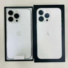 iPhone 13 Pro 256GB ( 1 day old)
