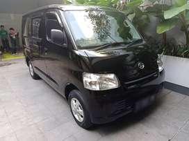 DAIHATSU GranMax minibus 2013