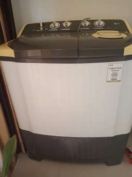 SEMI AUTOMATICE WASHING MACHINE 6.5 kg