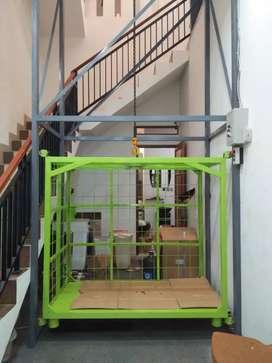 Lift barang lift proyek