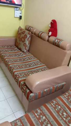 3+2 sofa set in good condition