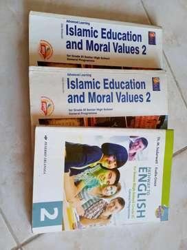 Dijual buku 2 agama dan 1 bahasa inggris