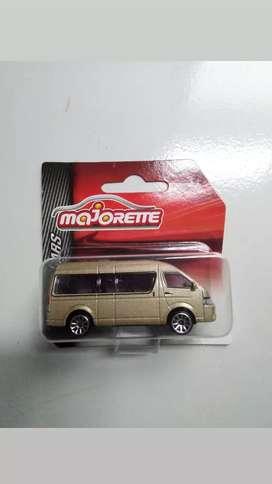 Majorette Toyota Haice Gold