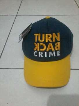 Topi Turn back crime macho