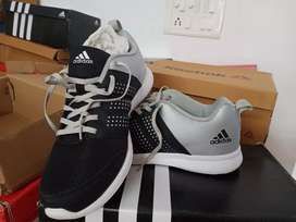 Sports shoes for sale