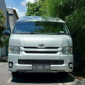 TOYOTA Hi-ACE commuter 2.5 TURBO DIESEL, th 2015, km 8 ribu