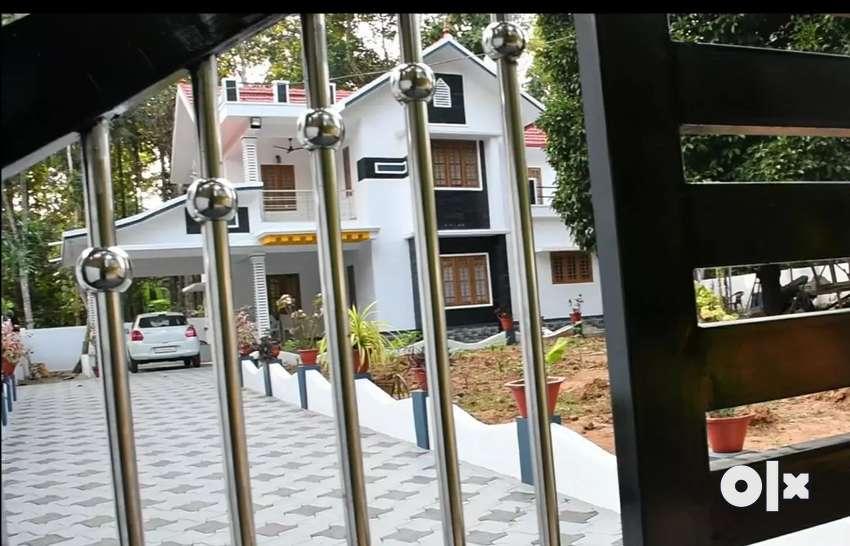 New house in Thiruvalla, Eraviperoor. Urgent sale,