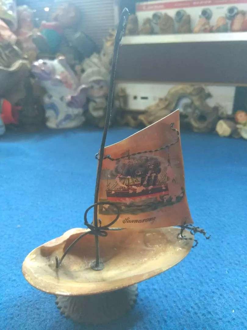 Hiasan meja perahu layar 0