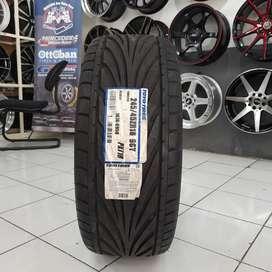 Ban mobil import. Toyo 245/45 R18 proxes T1R. B/u BMW mercy dll..