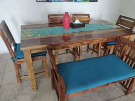 6 seater solid teak wood dining only 10 months old..