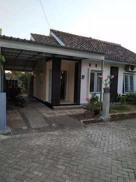 Jual Rumah konsep villa