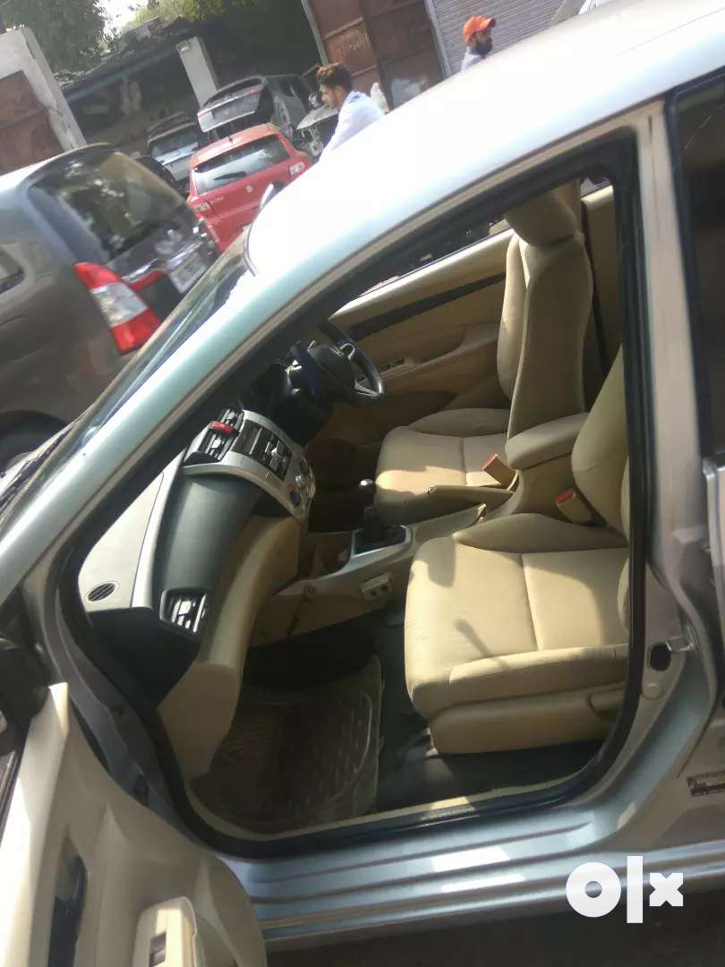 Honda city petrol in good condition only serious buyers 0