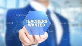 KG montessori teacher