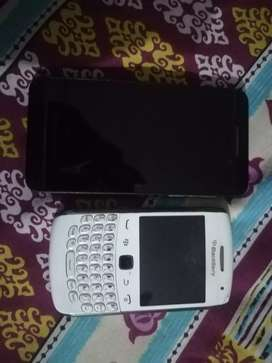 Black Berry Mobiles In Running Condition.