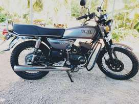 Yamaha rx100 full restore and  new partses new paint valid up to 2024.