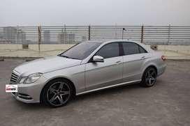 Mercedes Benz E300 Avantgarde Tahun 2012 / 2013 Automatic Abu-abu