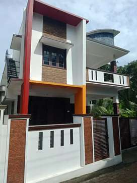 4 cent 1800 sqft 3 bhk new build house at aluva kalamassery kombara