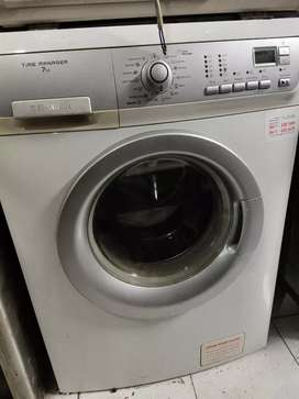 Jual m cuci electrolux 7kg normal pemakaian pribadi