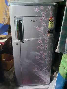 Warpool 185 liter new freeze hai abhi open nahi Kiya hai