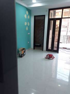 1298 Sq Ft 3 Bhk Ready to Move Builder Flat For Sale in Noida Extensio
