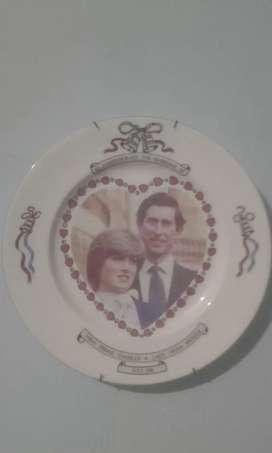 Memorabilia to hrh prince charles&lady diana spencer