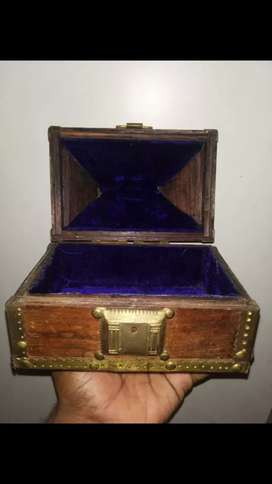 OLD DECORATIVE HUT SHAPED WOODEN AND BRASS JEWELLERY BOX