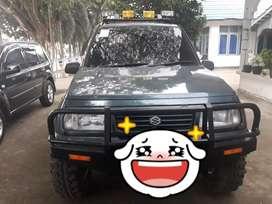 Suzuki Vitara 4X4. Th 1993