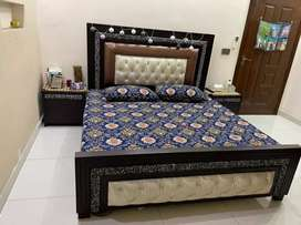 Master bed set and dewan