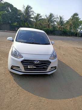 Hyndai xcent sx petrol with cng very nice car smooth engine cool ac