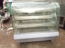 Display counter Hotcase 4ft available