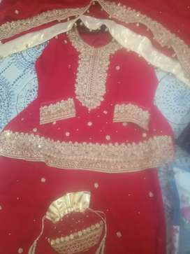 Wedding dress (embroidery fancy, shrara, pouch, jewellery and sandles)